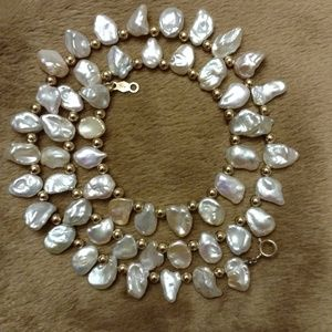 Jewelry - 14 carat gold Freshwater Baroque Pearl Necklace